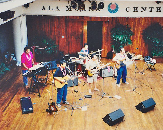 Summer at the Ala Moana Center Stage, 1997. (Photo: Bradley Choi)
