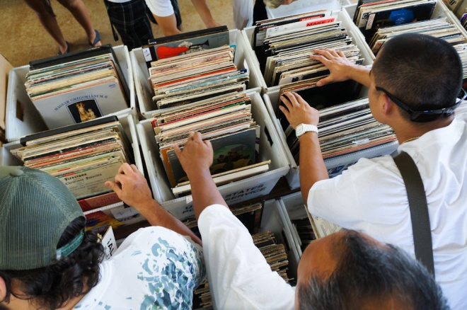Digging for vinyl gems at the Hawaii Record Fair