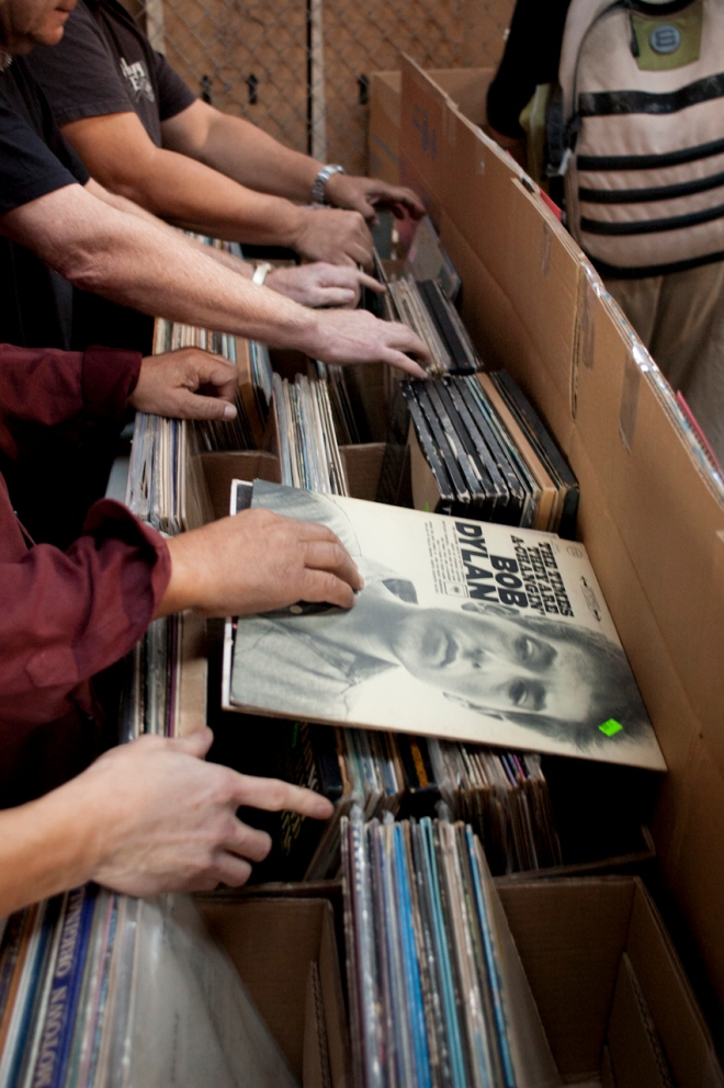 Record Collecting in Hawaii (Friends of the Library of Hawaii)